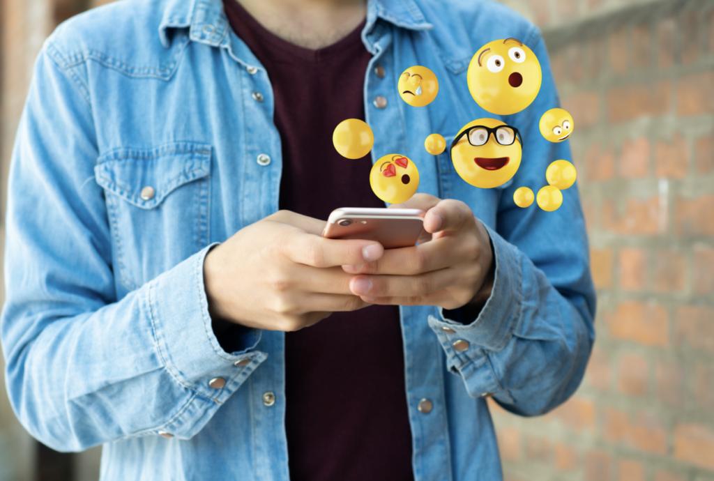 Viele Emojis im Tinder Profiltext